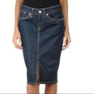 Levi's Icon dark denim classic pencil skirt 28